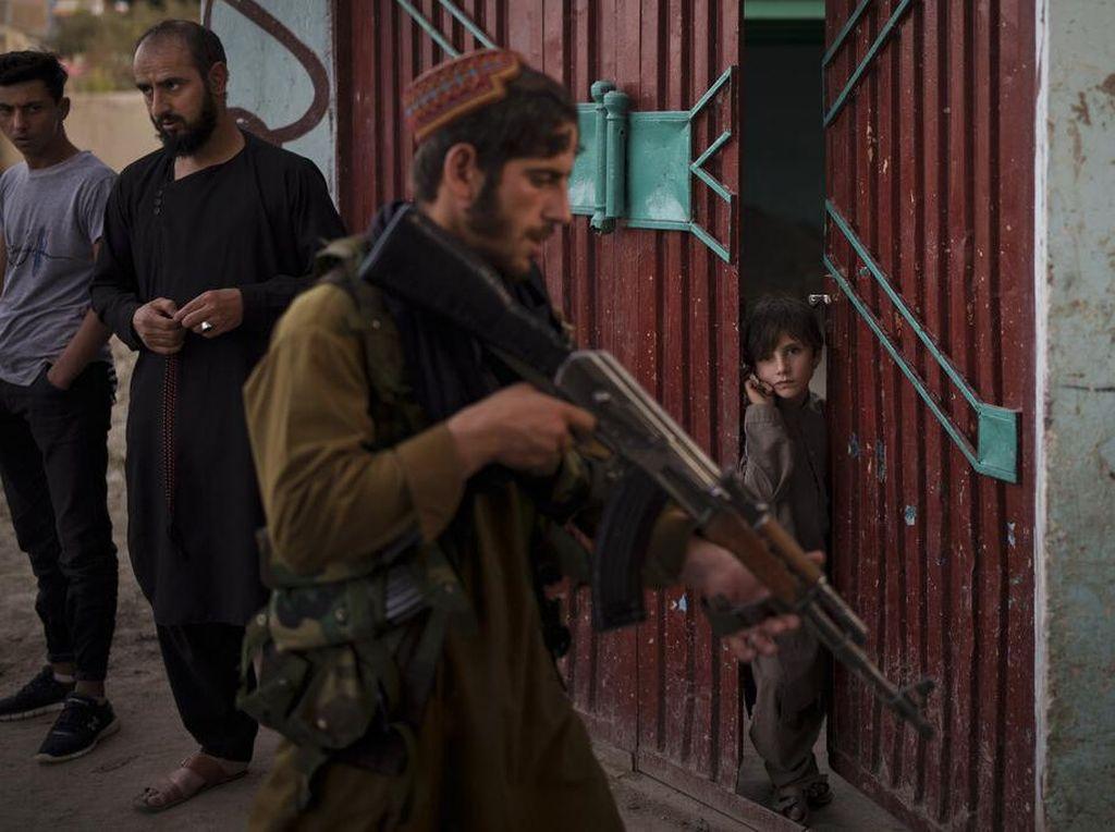 Hukum Versi Taliban Dinilai Bentuk Reputasi Bebas Korup di Afghanistan