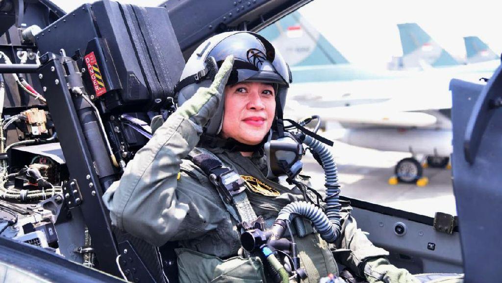 Puan Maharani Jajal Pesawat Tempur TNI