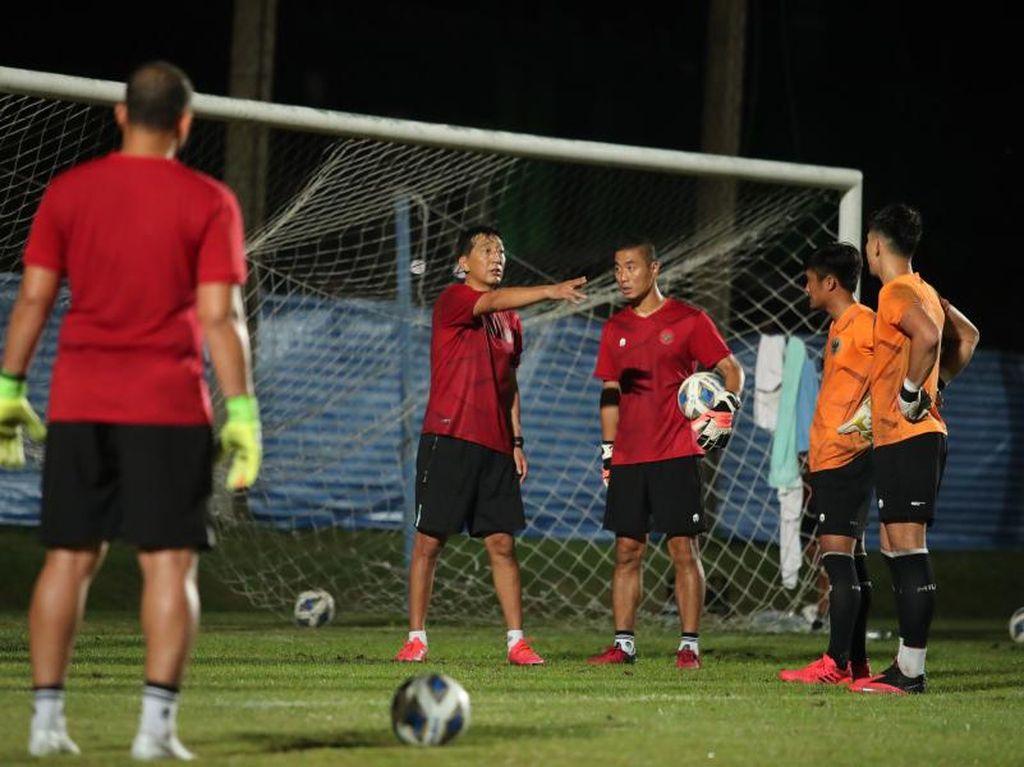 Tiga Asisten Pelatih Baru Timnas Sudah Bergabung di Thailand