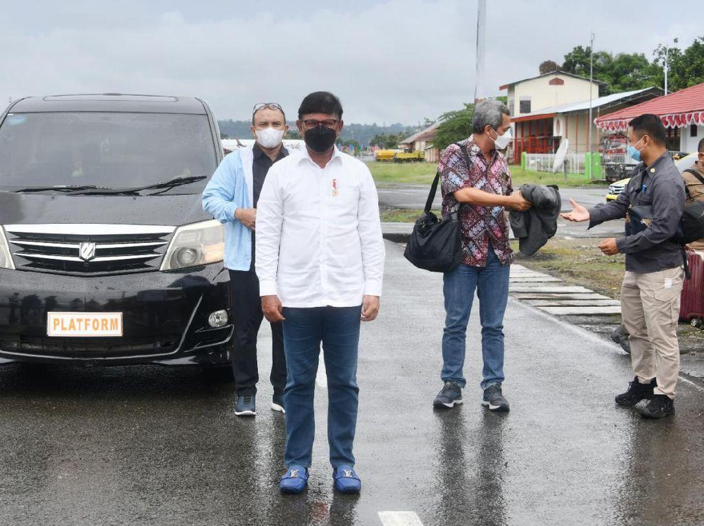 Menkominfo Restui Merger Indosat dan Tri Indonesia