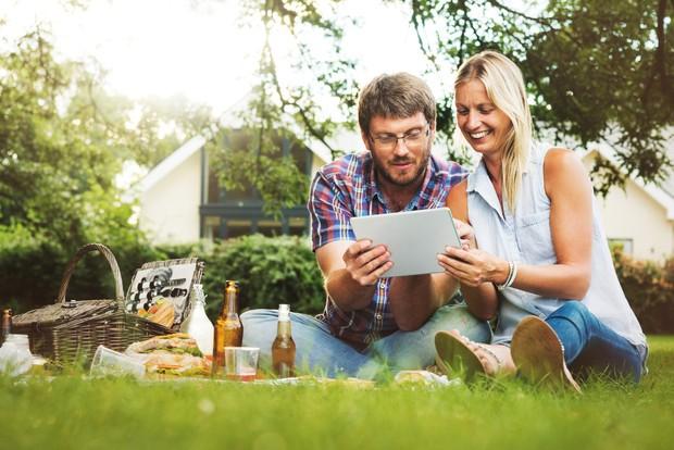 Penting sekali untuk membagi peran dan tugas masing-masing ketika menjalankan bisnis bareng supaya adil | Foto: freepik/rawpixel.com