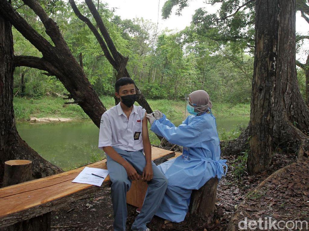 Percepat Herd Immunity, Santri-Pelajar di Gunungkidul Divaksinasi