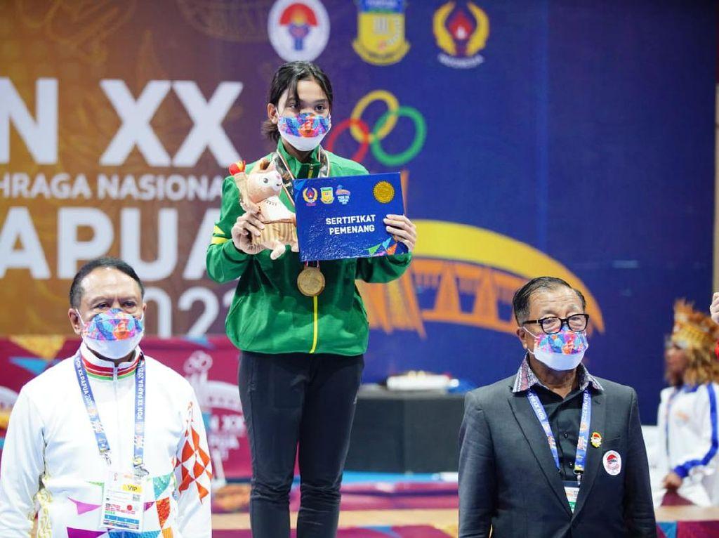 Pertama Kali Ikut PON, Mahasiswa Unair Sabet Medali Emas Wushu PON XX Papua