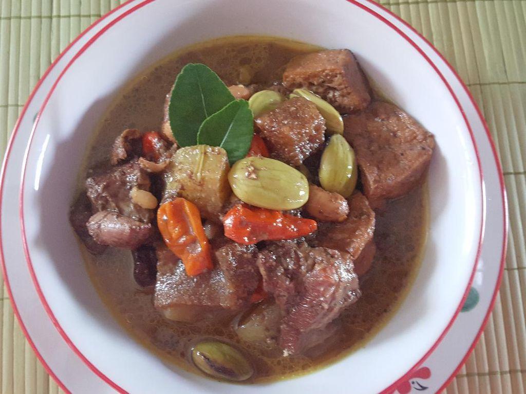 Resep Brongkos Jogja Pakai Daging dan Tahu yang Mantap Bumbunya
