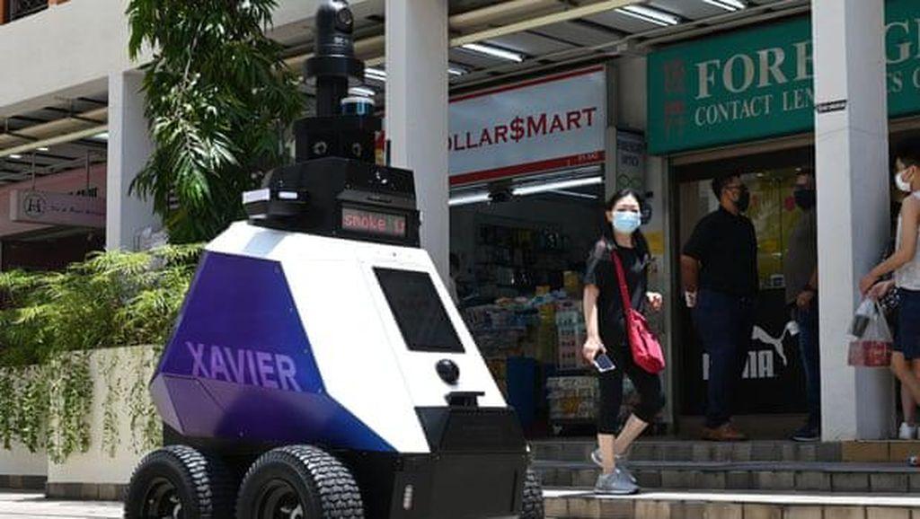 Ini Robot Patroli yang Bikin Khawatir Warga di Singapura