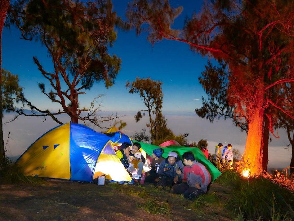 Seram, Gunung Raung Punya 4 Pos Pendakian yang Bikin Bulu Kuduk Merinding