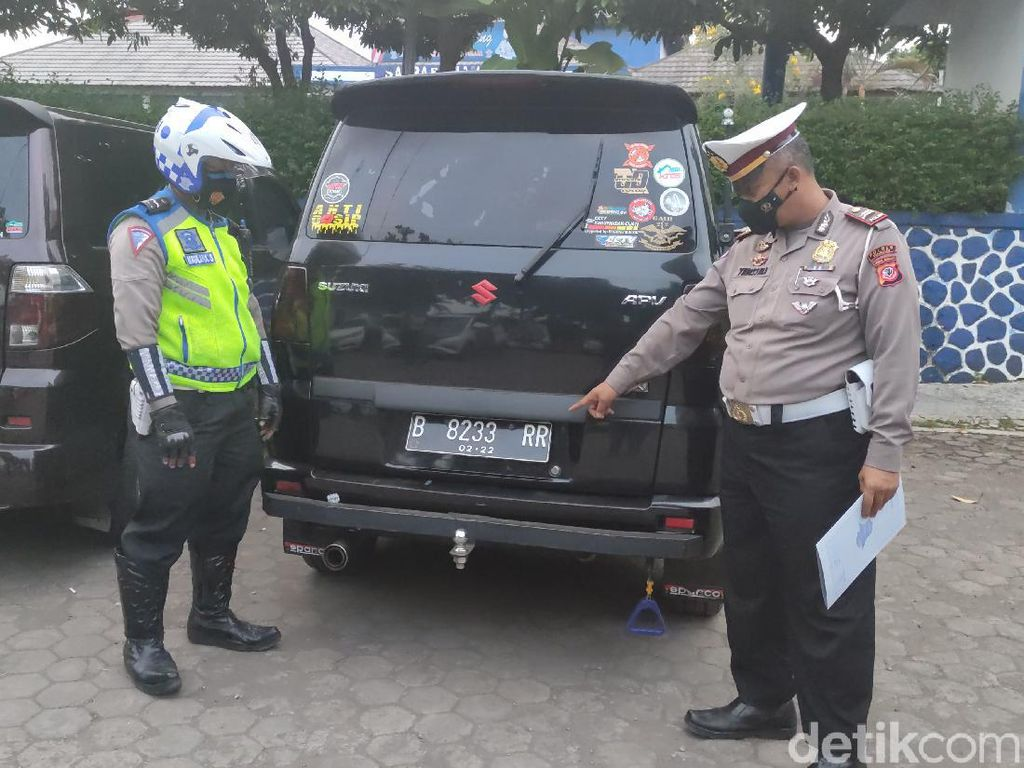 Diprotes Sopir Elf, Polisi Amankan Sejumlah Travel Gelap di Cianjur
