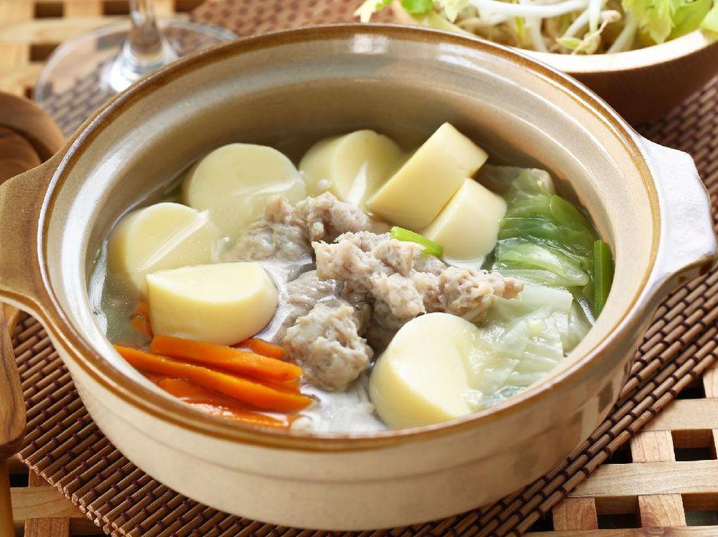 Resep Sup Tofu dan Sayuran yang Padat Isian dan Menyegarkan