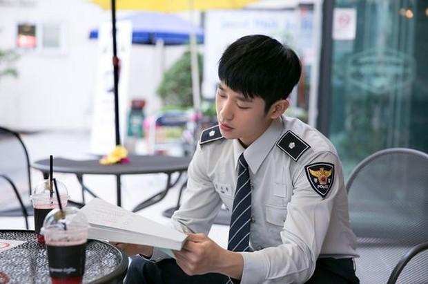 Terakhir, orang Korea terkenal dengan sifat yang gigih dan tidak mudah menyerah serta pekerja keras.
