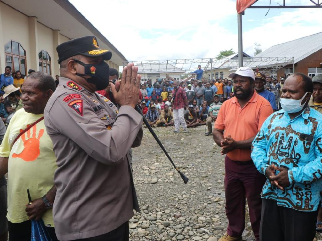 Kapolda Papua Temui Pengungsi-Forkopimda Usai Kerusuhan di Yahukimo