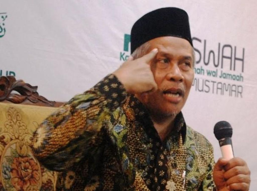 KH Marzuki Mustamar Pimpin Survei Ketum PBNU, Ini Sosoknya