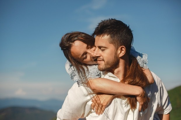 Pasangan yang dibutuhkan oleh masing-masing kepribadian MBTI
