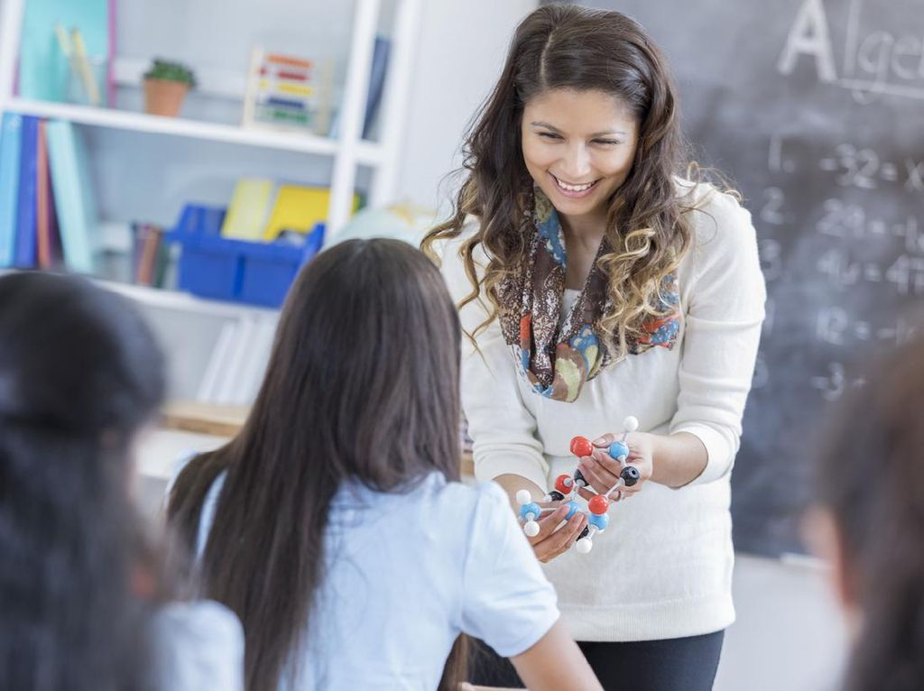 15 Negara dengan Total Gaji Guru SMP Tertinggi, AS Peringkat Berapa?