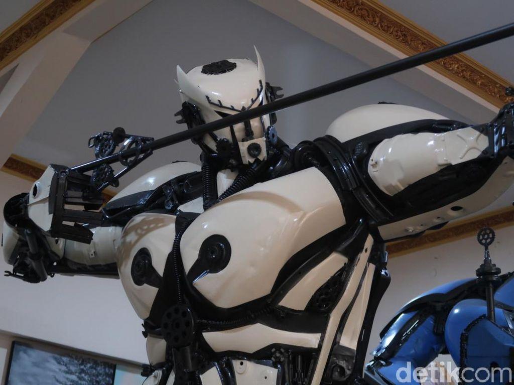 Takjub! Robot-robot Ini Dibuat Pria Bantul dari Motor Rongsok, Dipesan Pembeli China-Jerman