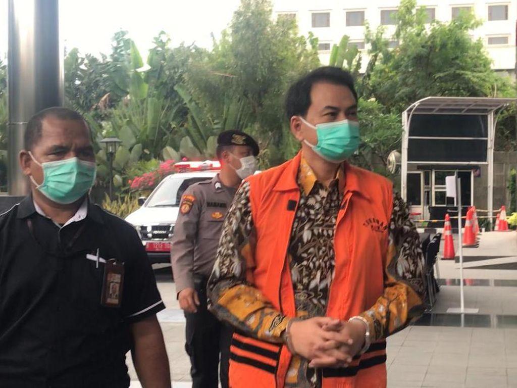 KPK Duga Azis Syamsuddin Kirim Uang ke AKP Robin Pakai Rekening Pribadi