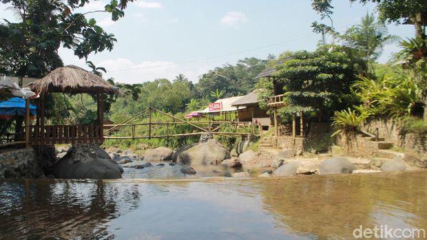 Berjalan Menyusuri Sungai Dan rasakan segarnya Curug Leuwi Asih