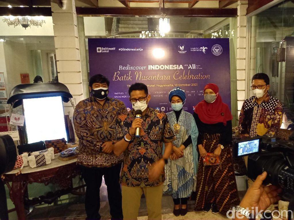 Mampu Serap Ribuan Naker, Sandiaga Dorong Batik Segera Bangkit