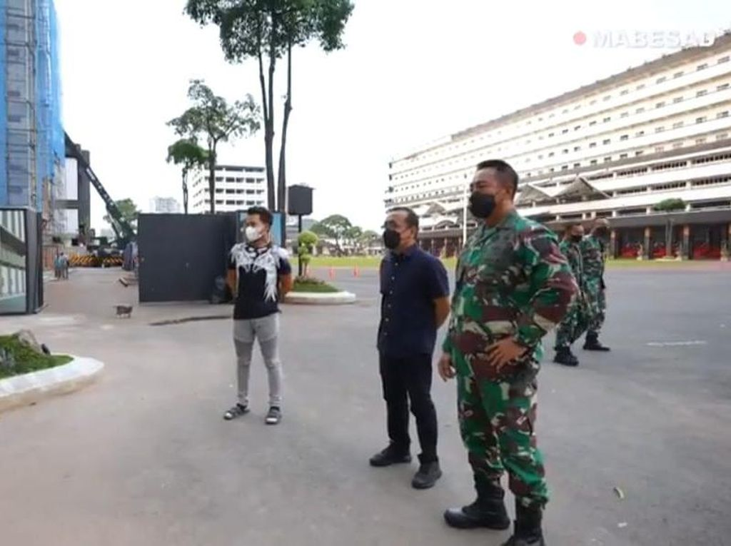 Mensesneg Temui Andika Perkasa di Mabes TNI AD, Bahas Apa?