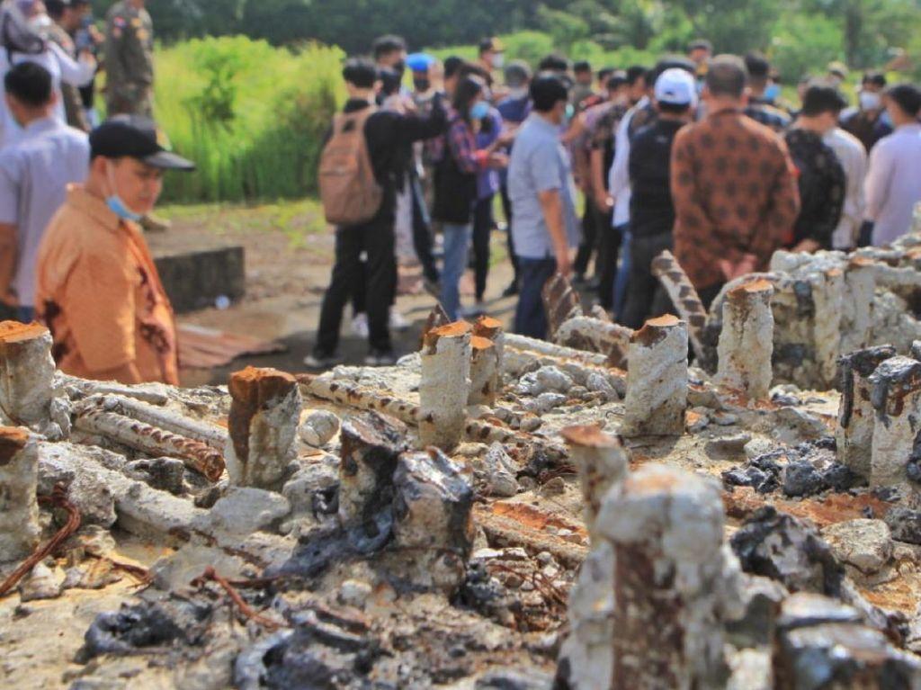 Ironi Masjid Sriwijaya Dikorupsi hingga Besi Tiang Proyek Dicuri