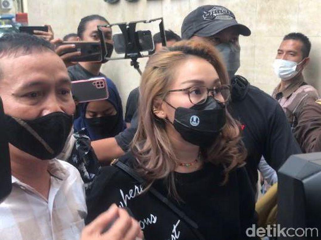 Polisi Segera Panggil Terlapor Kasus Bullying Haters Ayu Ting Ting