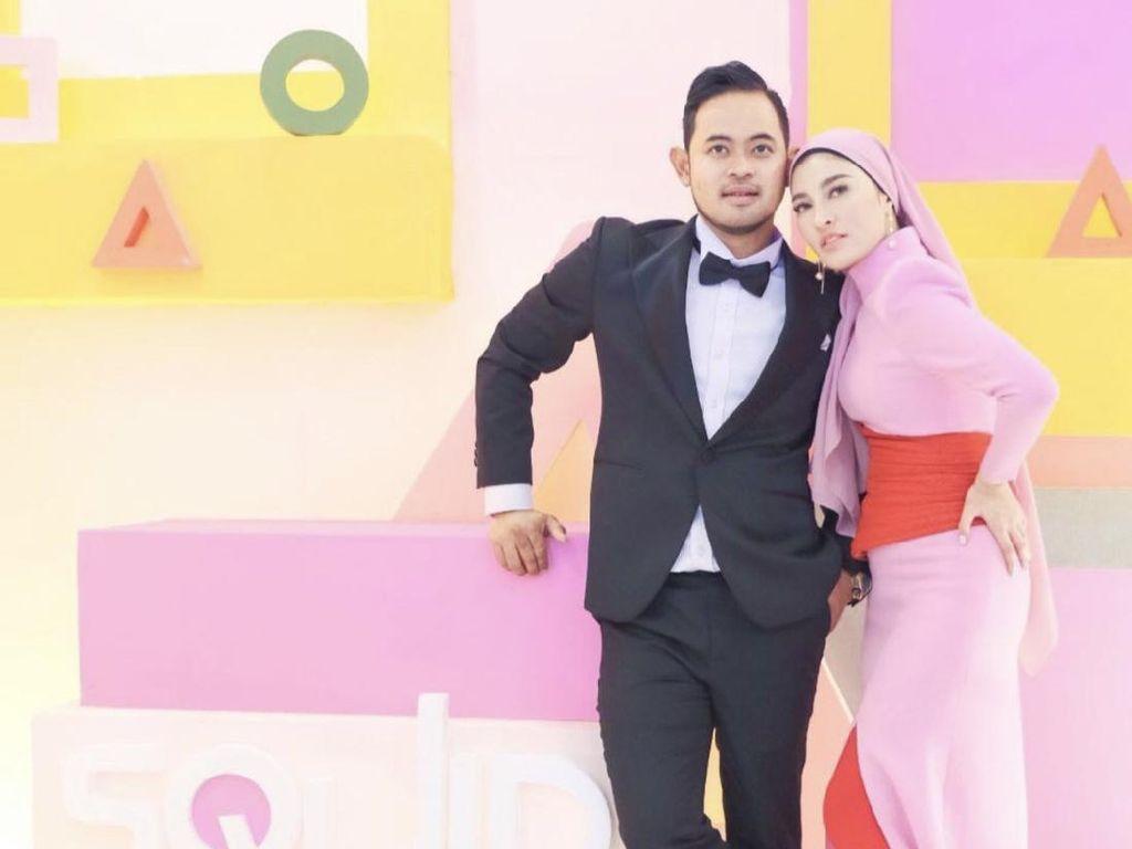 Crazy Rich Malang Ungkap Kisah di Balik Aksi Borong 100 Ribu Mawar untuk Istri