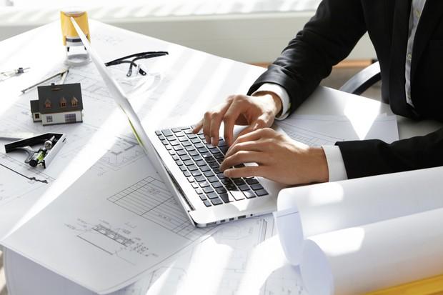 Jangan buat CV yang bertele-tele dan terlalu panjang | Foto: freepik.com/wayhomestudio