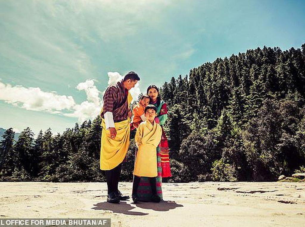 Kisah Cinta Manis Ratu Termuda Asia, Bikin Raja Bhutan Tolak Poligami