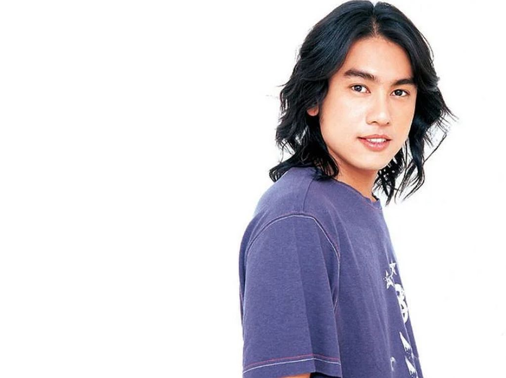 Ken Chu: dari Pelayan, Asisten Artis, Gabung F4, Terkenal dan Melarat Lagi