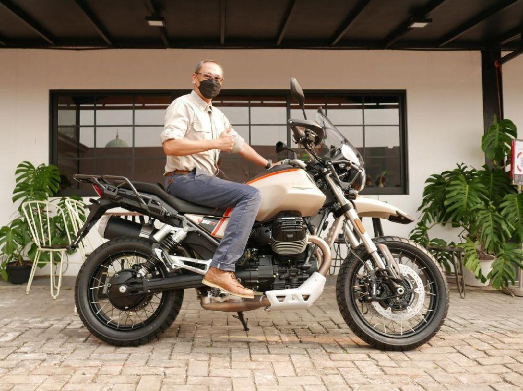 Ini Pemilik Pertama Moto Guzzi V85 TT Travel di Indonesia, Harga Setara SUV Palisade