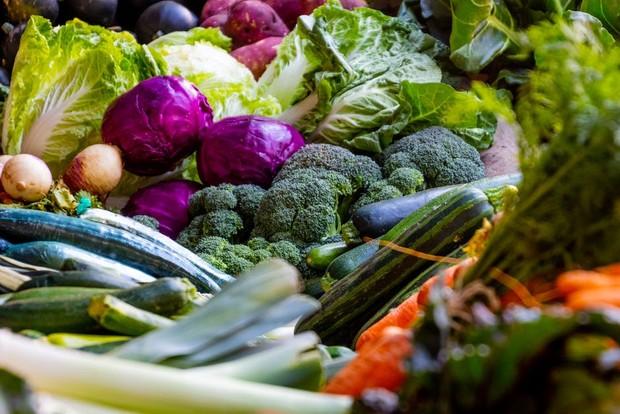 Sayuran hijau / foto : pexels.com/MagdaEhlers