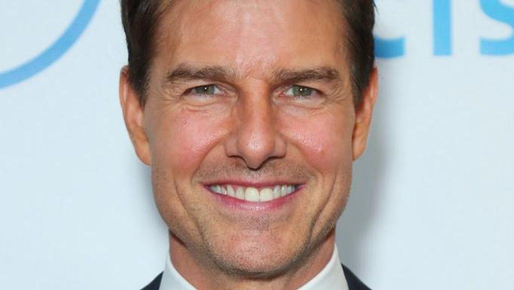 12 Foto Transformasi Tom Cruise, Wajahnya Kini Gemuk Diduga Kebanyakan Filler