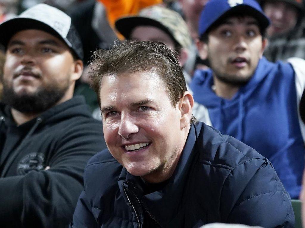 Penampilan Tom Cruise Bikin Kaget, Wajahnya Gemuk, Dokter Ungkap Sebabnya
