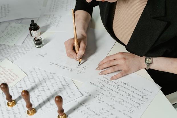 tekanan pada saat menulis juga bisa menunjukkan kepribadian manusia