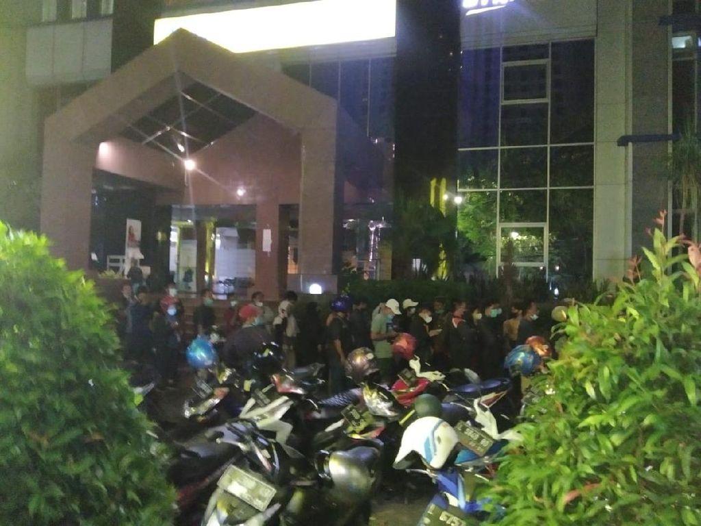 Picu Kerumunan, Antrean Registrasi BSU di BTN Surabaya Dibubarkan