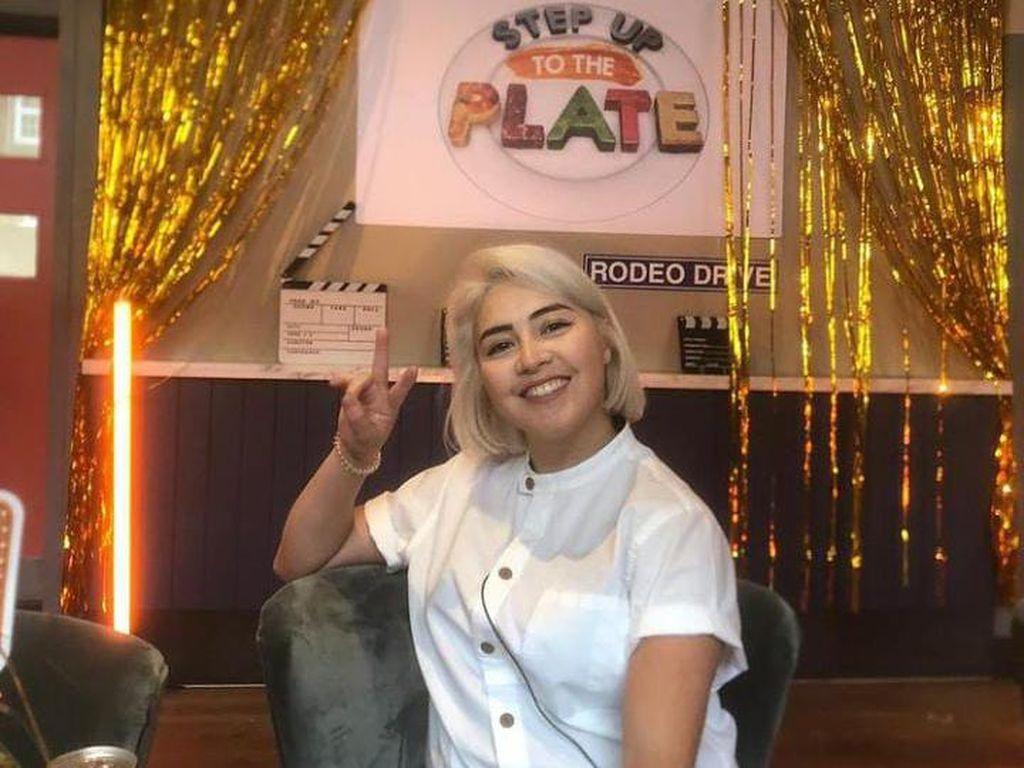 Luncurkan Buku Berjudul Makan, Chef Michelin Ini Dituding Plagiat