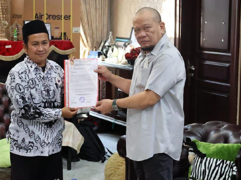 Bertemu Ketua DPD, Guru Honorer Jember Ngadu Soal Formasi PPPK
