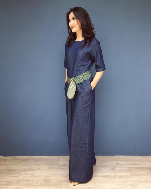 Style kasual Maudy Koesnaedi 2017