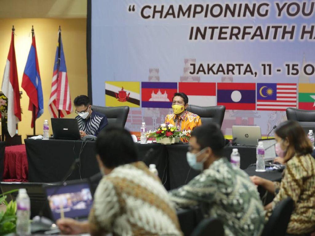 Kemenpora Dorong Pemuda ASEAN Perkuat Kerukunan Antaragama Lewat AYIC