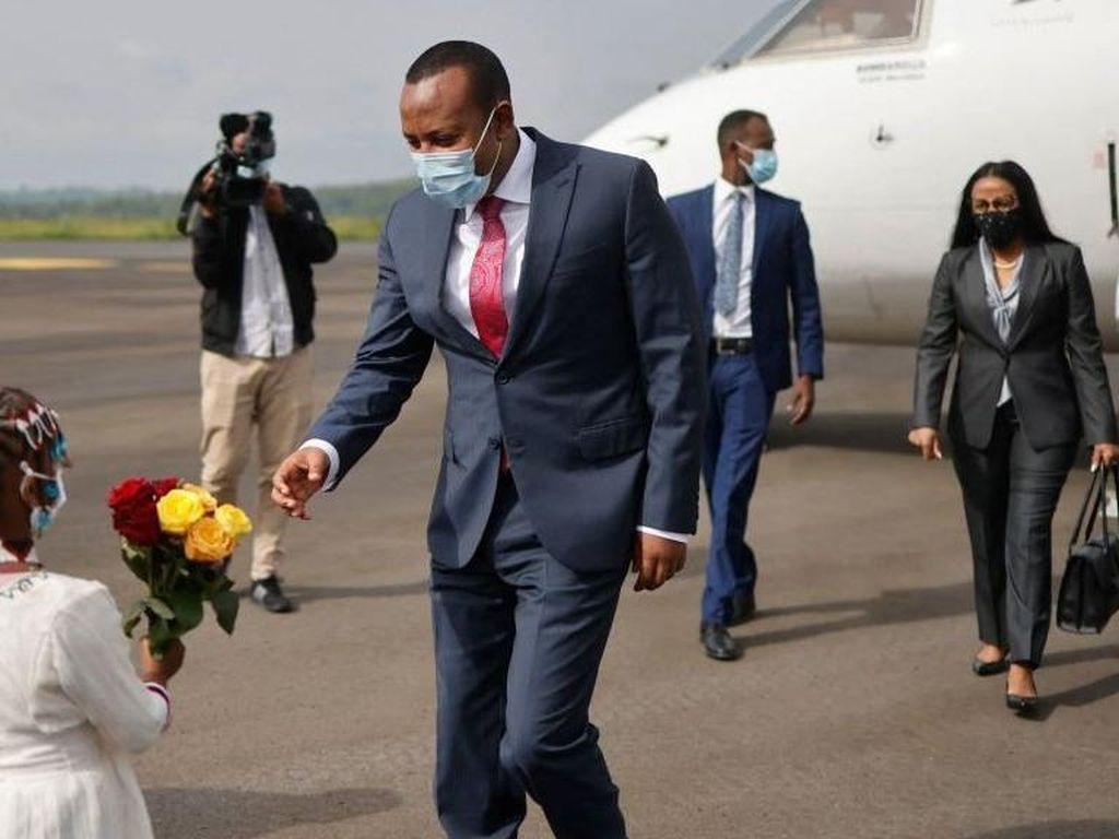 Ironi PM Ethiopia, Menang Nobel Perdamaian Lalu Melancarkan Perang