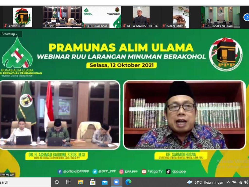 Jelang Munas Alim Ulama, Majelis Syariah PPP Gelar Webinar RUU Minol