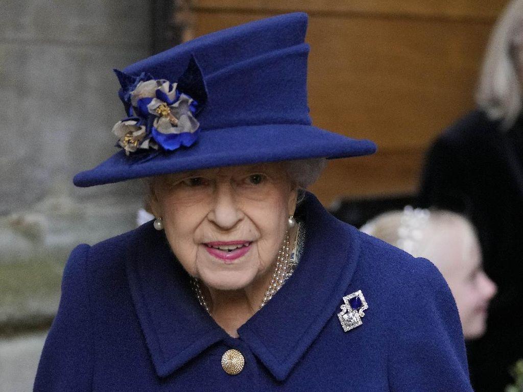 Istana Buckingham Sebut Ratu Elizabeth II Sempat Masuk RS, Ada Apa?