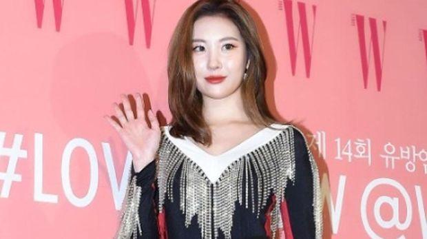 Idol K-Pop menghadiri charity event memperingati hari kanker payudara