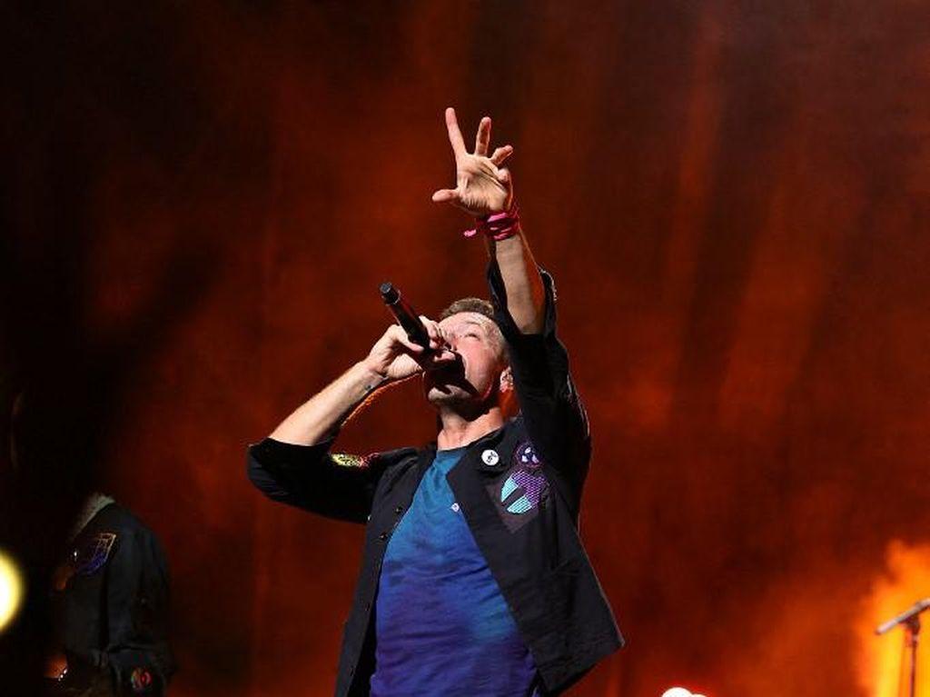 Dua Anak Chris Martin Terlibat dalam Album Terbaru Coldplay