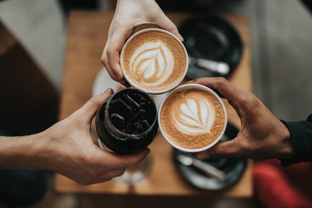 Kopi merupakan minuman dengan kandungan kafein paling tinggi dibandingkan minuman lainnya.