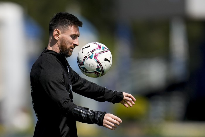 Argentinas Lionel Messi attends a team training session ahead of a FIFA World Cup Qatar 2022 qualifier match in Buenos Aires, Argentina, Wednesday, Oct. 6, 2021. (AP Photo/ Natacha Pisarenko)