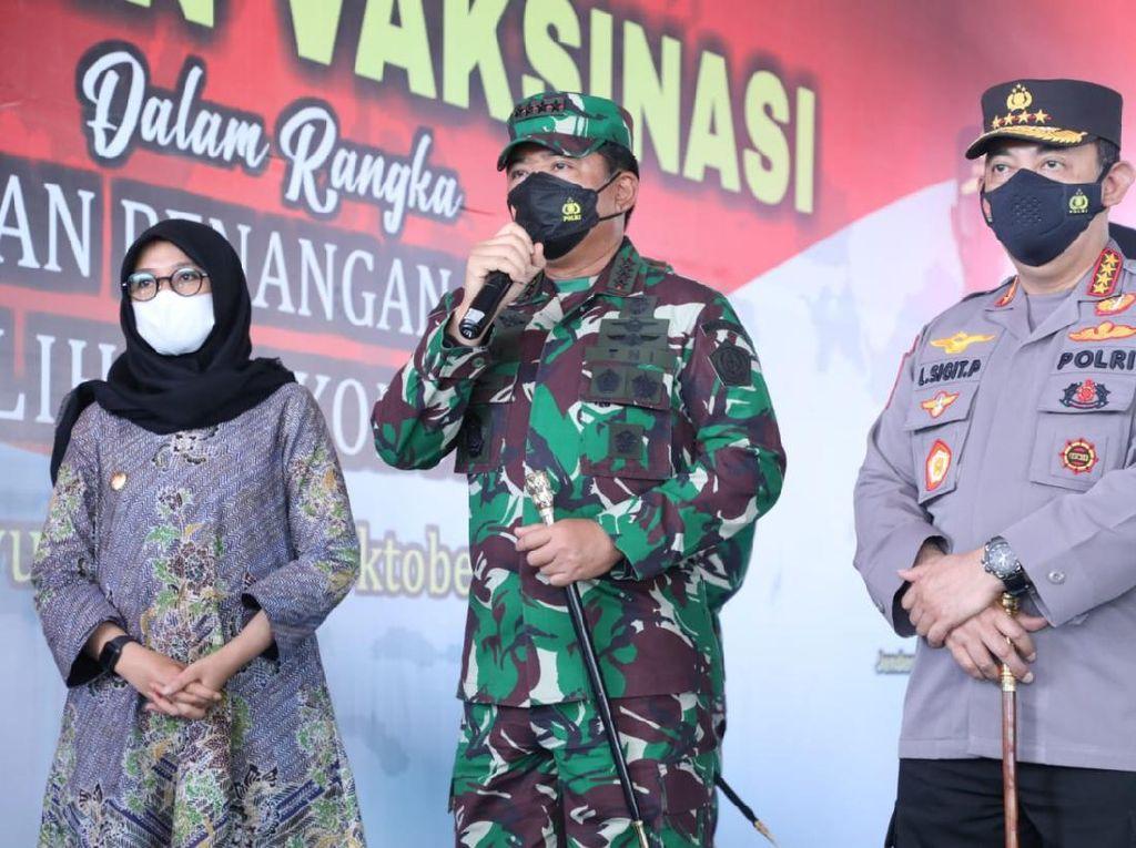Panglima TNI: Tren COVID Turun, Tetap Wajib Masker dan Vaksin Lengkap