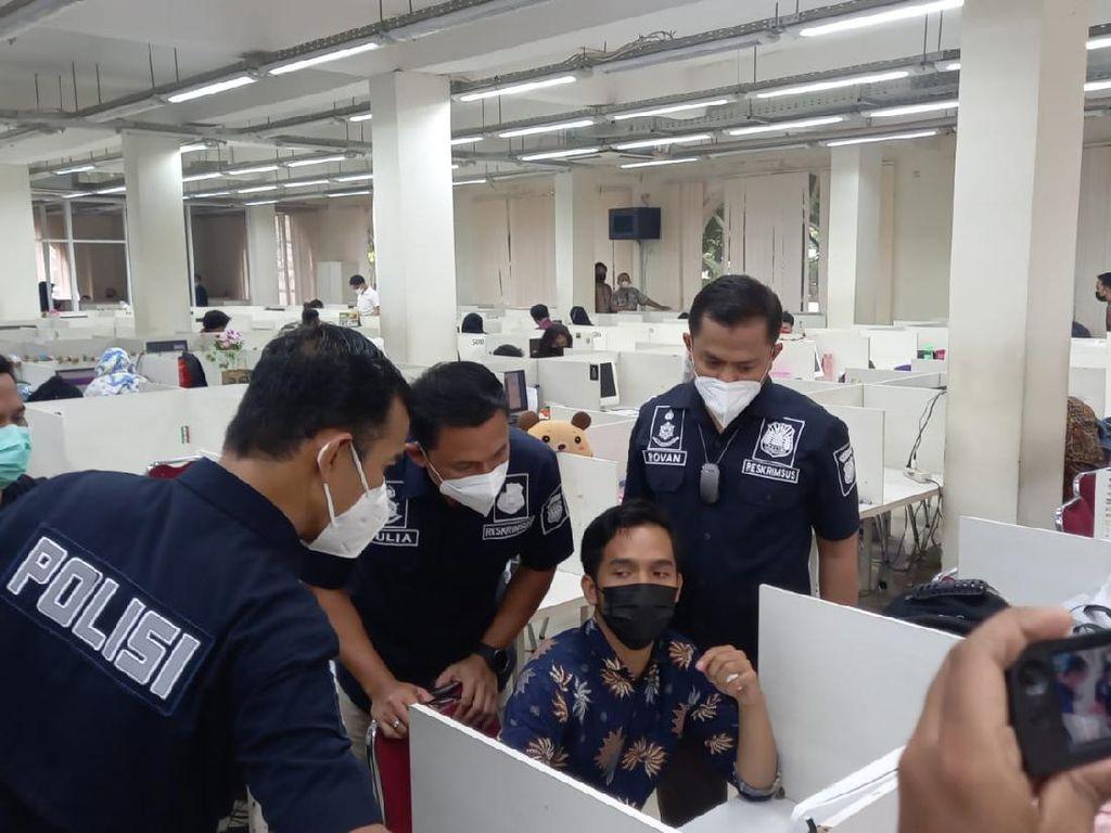 Pinjol-pinjol Rontok Digerebek Polisi Setelah Muncul Arahan Jokowi