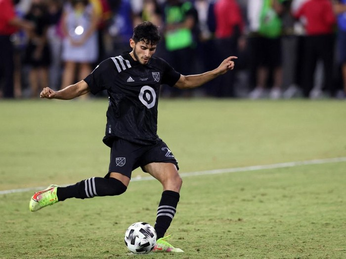 LOS ANGELES, CALIFORNIA - AUGUST 25: Ricardo Pepi #24 of the MLS All-Stars scores in the shootout win against the Liga MX All-Stars during the 2021 MLS All-Star game at Banc of California Stadium on August 25, 2021 in Los Angeles, California.   Ronald Martinez/Getty Images/AFP (Photo by RONALD MARTINEZ / GETTY IMAGES NORTH AMERICA / Getty Images via AFP)
