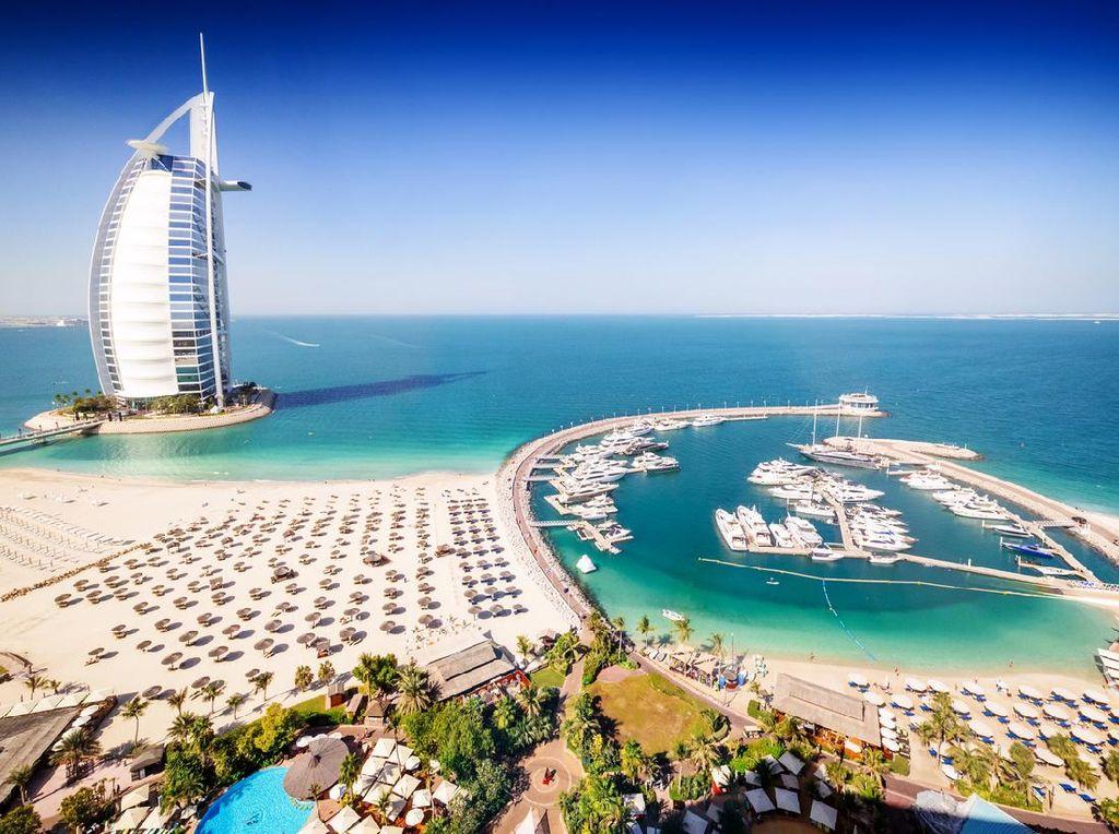 Asyik, Tanpa Perlu Menginap Traveler Bisa Jelajahi Hotel Mewah Burj Al Arab