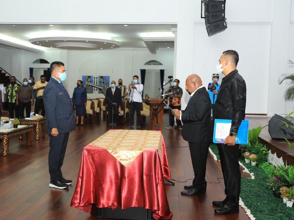 Dualisme Sekda Papua Berakhir, Gubernur Lantik Ridwan Jadi Pejabat Definitif